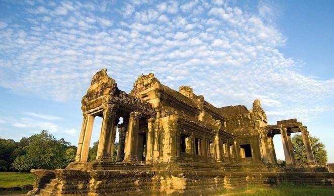 越南+柬埔寨金边+吴哥窟双国9日之旅